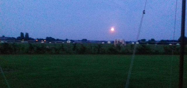 Mijn uitzicht - met de volle maan